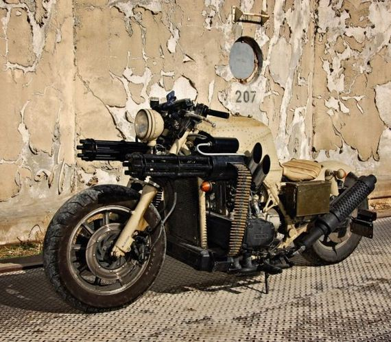 motorcycle_with_two_guns