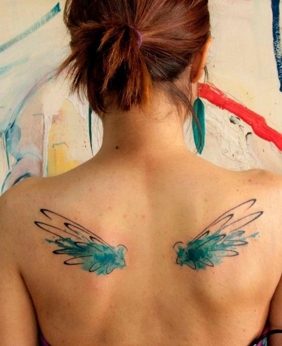 people-with-watercolor-paintings-tattooed- their-bodies