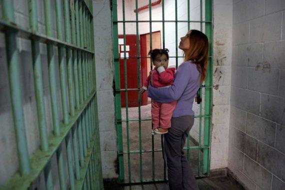 prison-moms