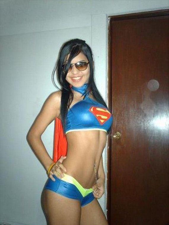 supergirls_22