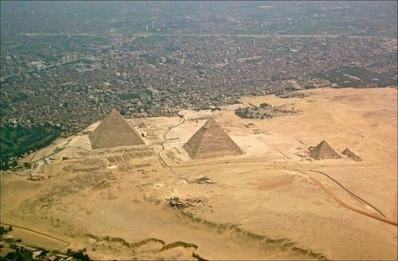 the_egyptian_pyramids_from_a_different_perspective