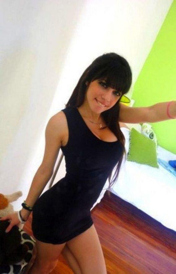 Beautiful Girls In Tight Dresses - Barnorama-9922