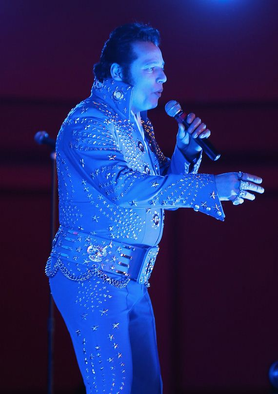 tips-for-how-to-work-it-at-an-elvis-convention