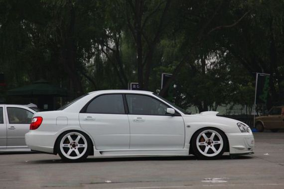 tuned_cars