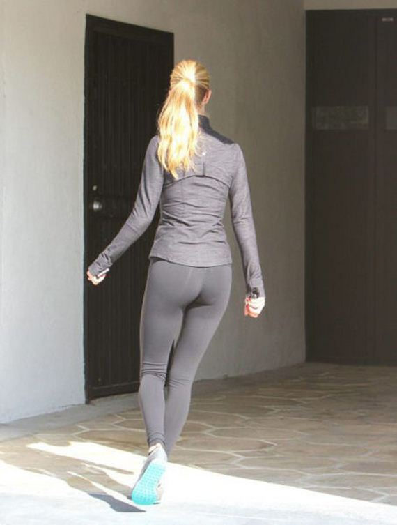 whats-not-to-love-about-yoga-pants-part