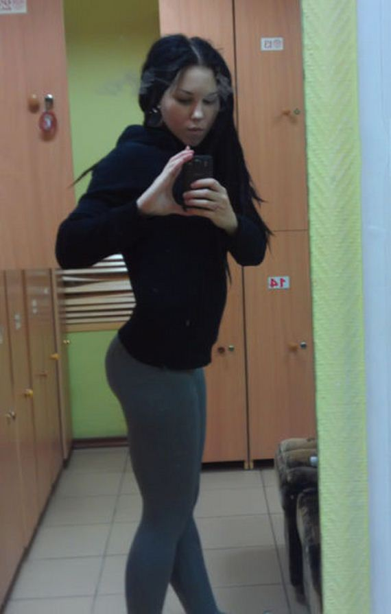 Whats Not to Love about Yoga Pants? - Page 2 of 2 - Barnorama
