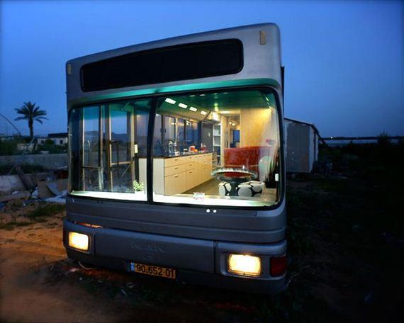 women_turn_a_scrapyard_bus_into_a_stylish_home