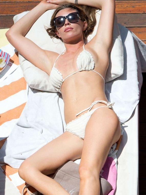 Abbey-Clancy-in-Bikini-in-Los
