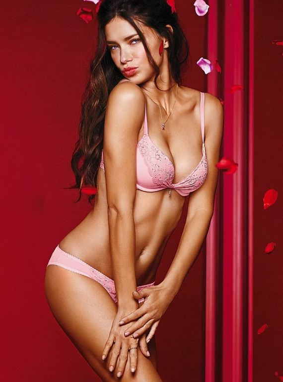 Adriana-Lima -Harpers