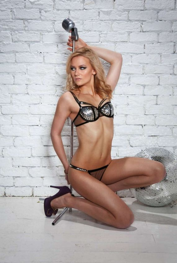 Bikini Butt Alexandra Saitova  naked (75 fotos), Twitter, braless