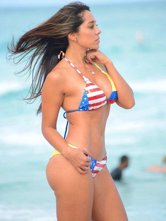 Andrea Calle Bikini