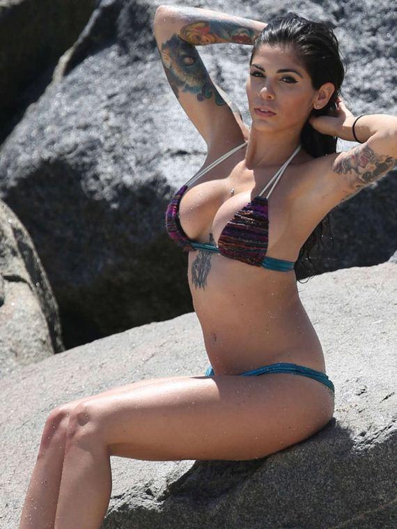 Cami-Li-in-Bikini-Photoshoot