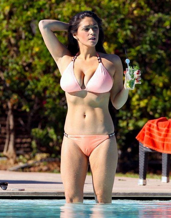 Casey-Batchelor-in-a-bikini