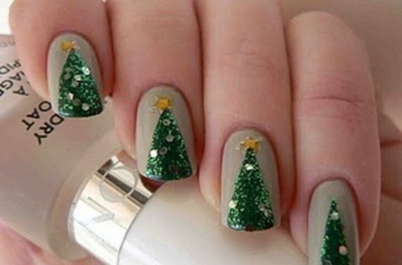 Holiday-Manicures
