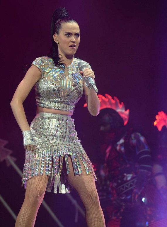 Katy-Perry -Performs-Live-in-Glasgow