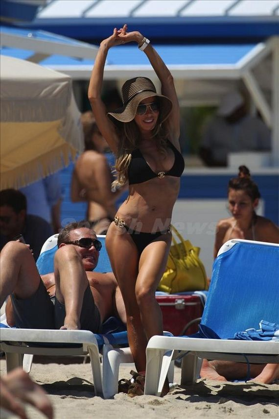 Lisa-Hochstein-in-a-Black