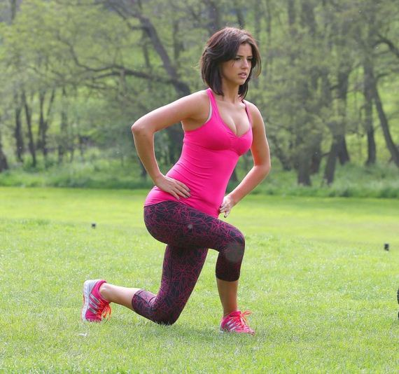 Lucy-Mecklenburgh-in-Leggings