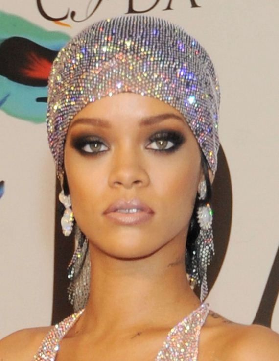 Rihanna-Dress-at-2014