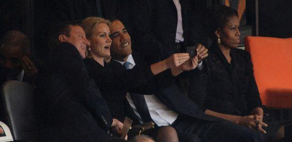 Selfie-Service-FB