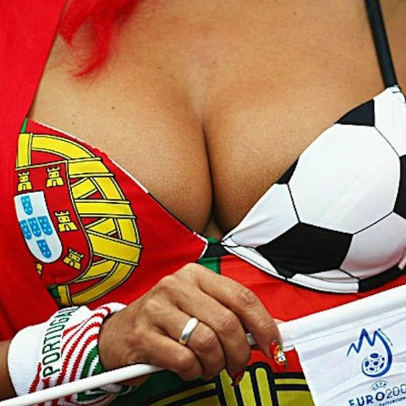 World-Cup-cleavage-pics-mix