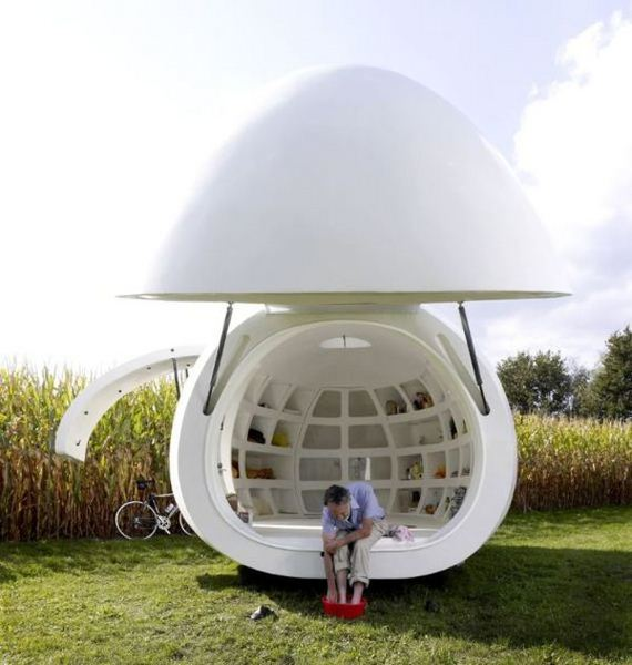 a_stunning_spaceage_spherical_mobile_home