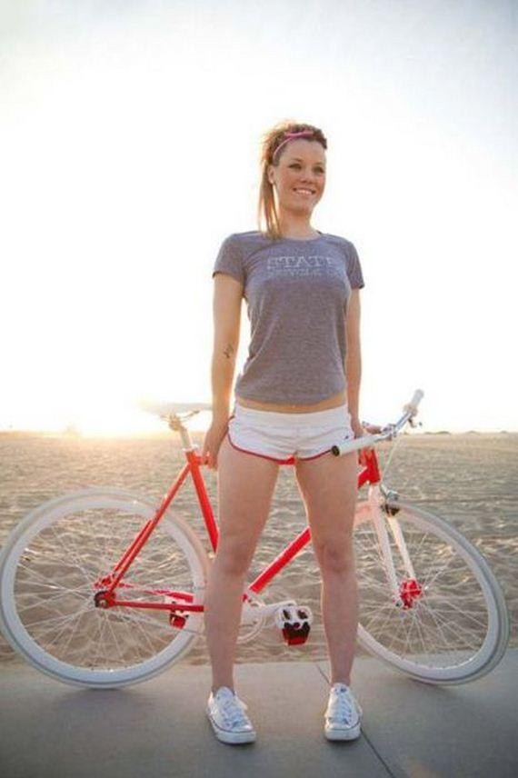 bike_riding_babes