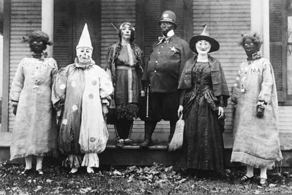 creepy_vintage_halloween_costumes