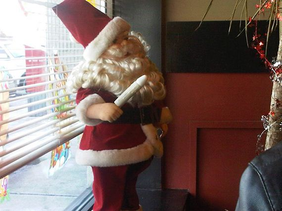 delightfully-inappropriate-christmas-decorations