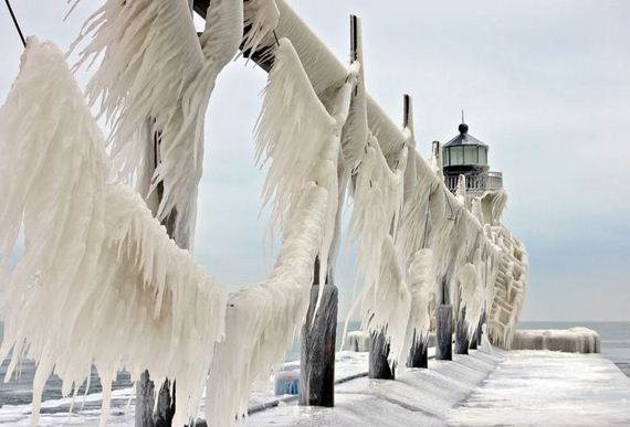 frozen_lighthouse_st_joseph_north_pier_lake_michigan