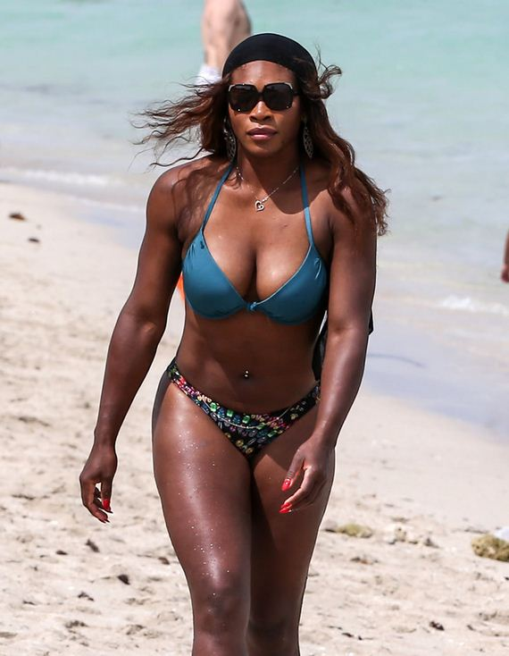 Serena Williams Flaunts Her Hot Body In Tiny Bikini