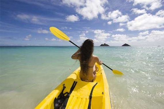 girls_and_kayaking