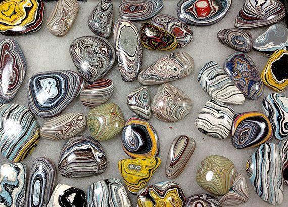 πανέμορφο-πέτρες