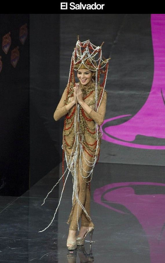 miss_universe_pageant_contestants_parade_costumes