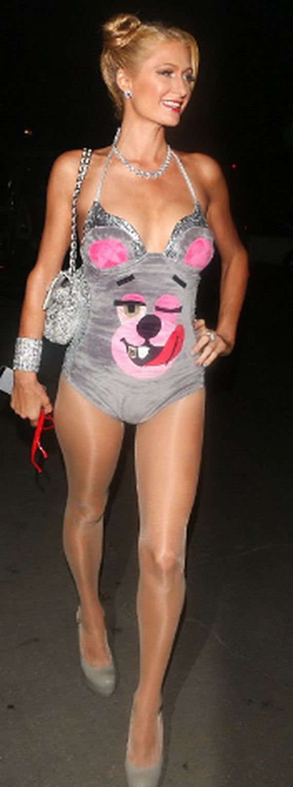 paris-hilton-dressed-as-miley