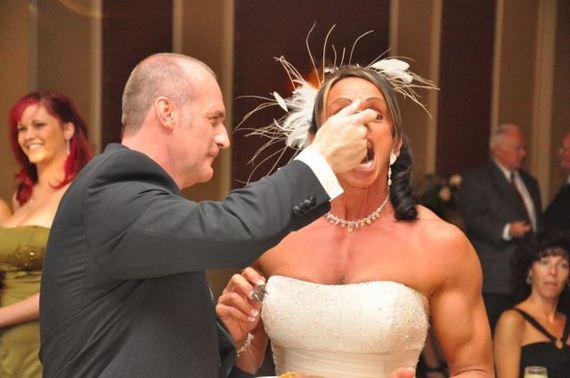 αυτό-κοκκινίζοντας-νύφη-να-μην-να-υποτιμηθεί