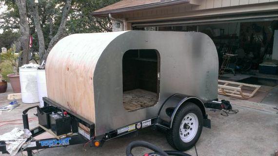 tiny_camping_trailer