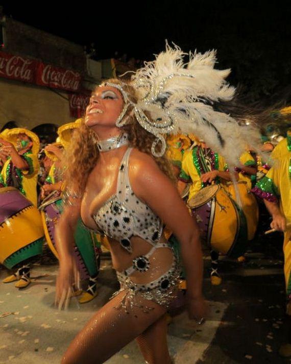 uruguays_montevideo_street_carnival