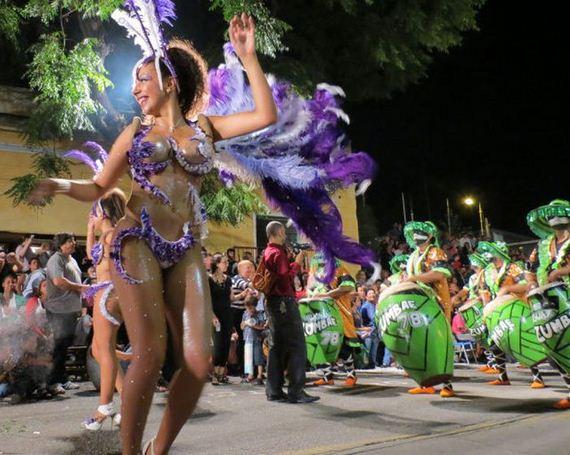 Carnival Girls Of The Montevideo Festival Barnorama