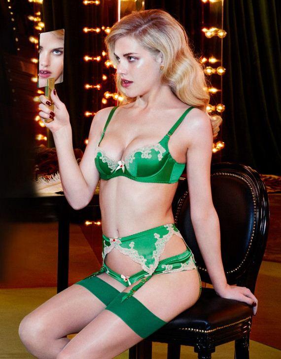 Ashley-Smith-sexy