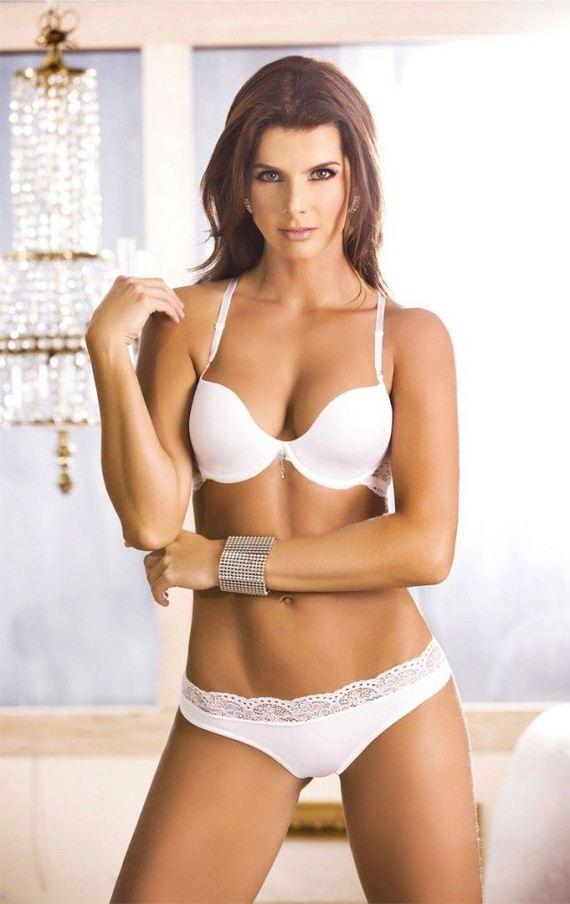 Carolina-Cruz-sexy