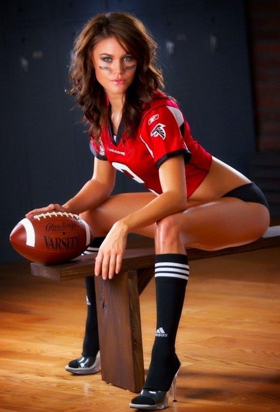 Hot-NFL-football-fans3
