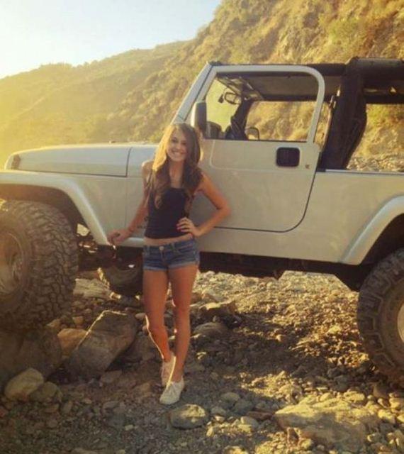 Hot Girls  Jeeps - Barnorama-9949