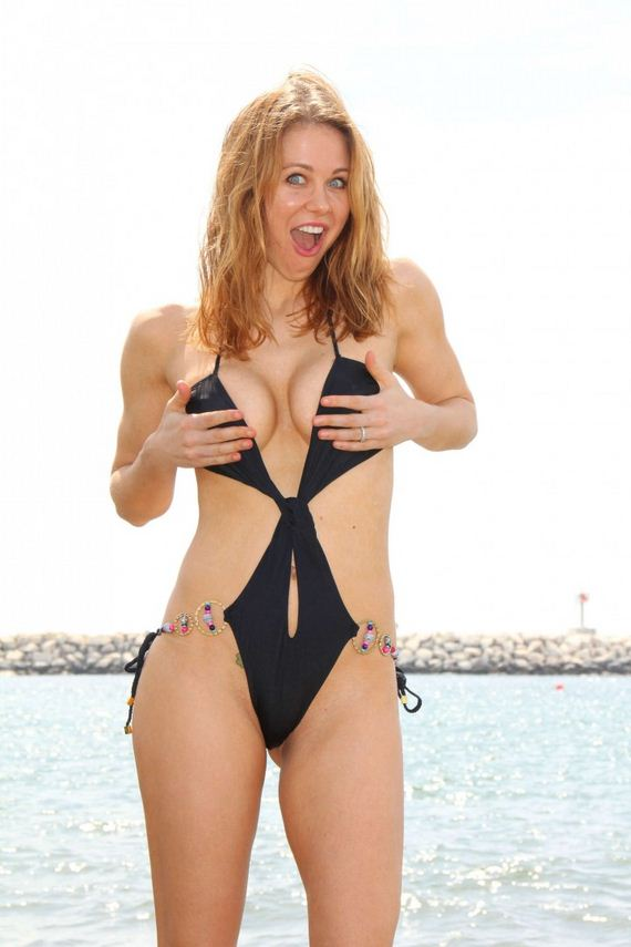 Maitland-Ward-in-a-Black