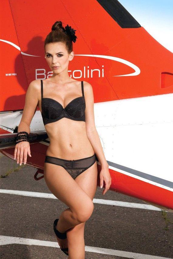 Sylwia-Kobylinska-hot-Nipplex-lingerie-pics