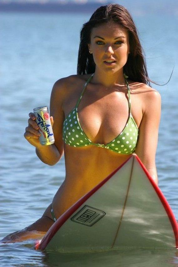 hot-surfing-girls
