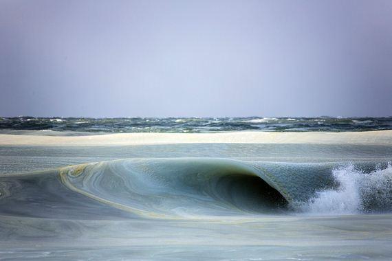 Giant-Freezing-Waves