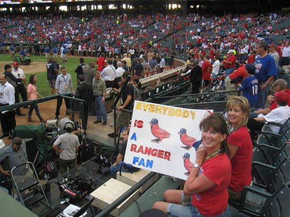 Holding-Funniest-Sports-Signs