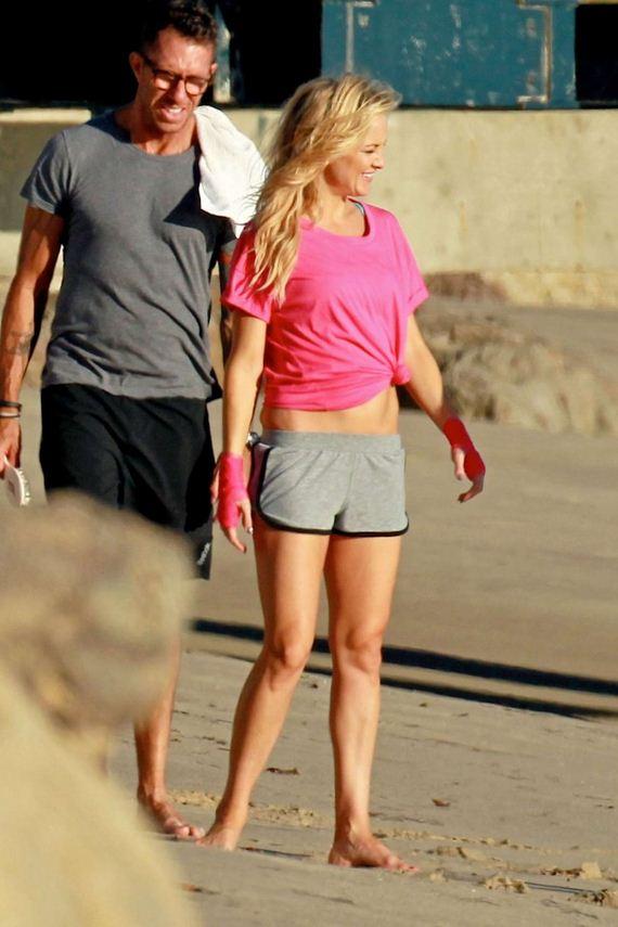 Kate-Hudson-in-Shorts