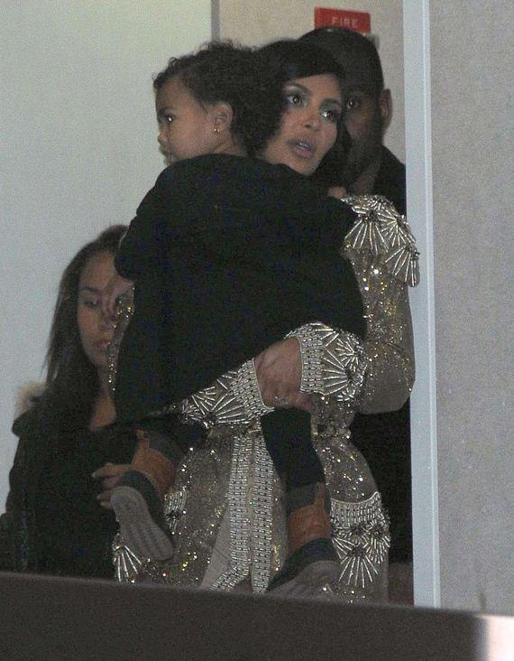 Kim-Kardashian-at-LAX