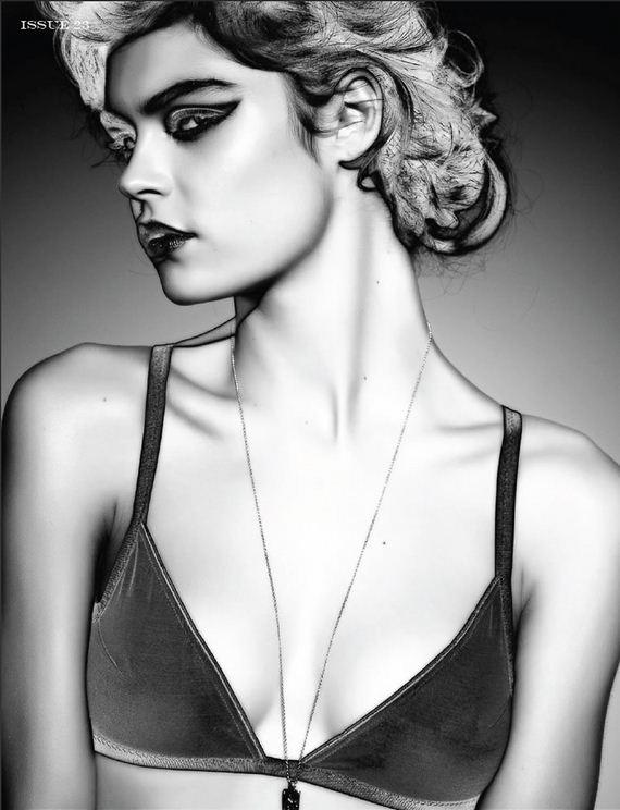 Lauren-Layne-model